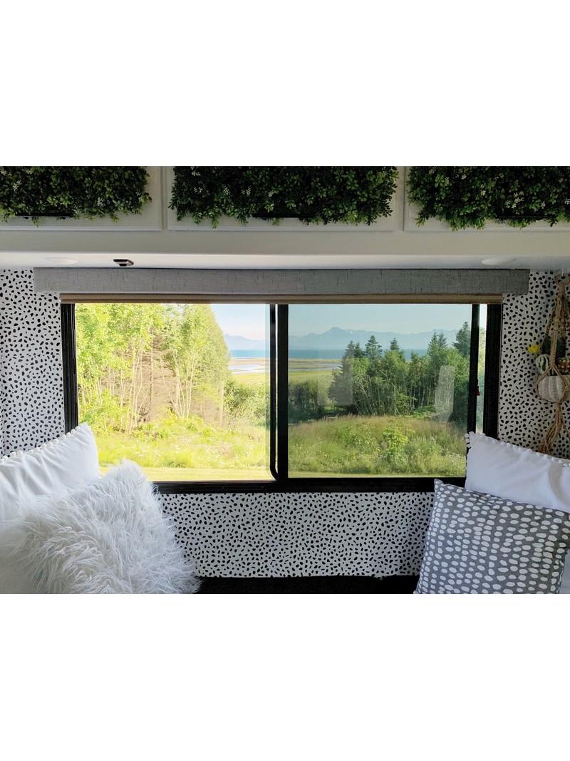 <h1>Window to Homer, Alaska</h1>